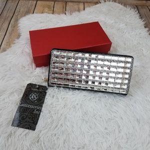 Handbags - New in Box Bling Silver Gemstone Clutch Wristlet